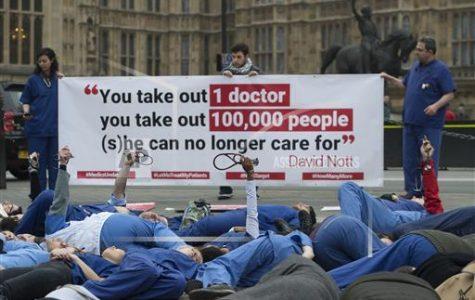 Doctors Risk Lives in Syrian Civil War