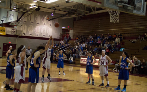Junior Maddie Murillo shoots a free throw.