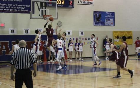 Boys Basketball Flies Short of Lakes Eagles