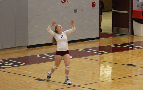 Volleyball Places Fifth at Invitational