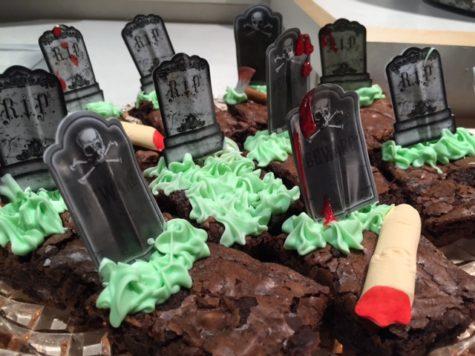 halloween-graveyeard-brownies-yes