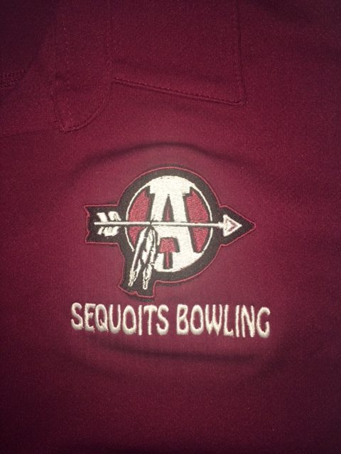 Sequoit+Bowlers+Aim+for+Success