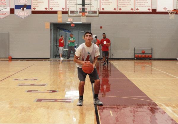 Sophomore Jack Gillespie prepares to shoot a free throw in a basketball practice earlier this week.