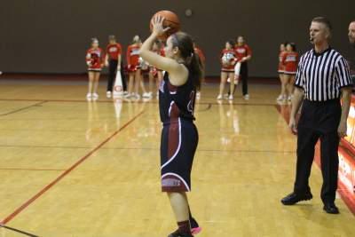 Sequoits Girls Basketball Defeat Grant