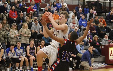 Daniel Filippone goes up for a layup against Lakes earlier this season.