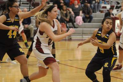 Antioch Girls Basketball Defeats Round Lake