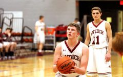 Sequoits Pounce on the Panthers
