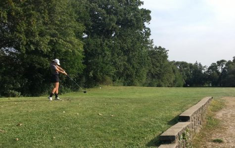Antioch Girls Varsity Golf Has Tough Loss Against Lakes
