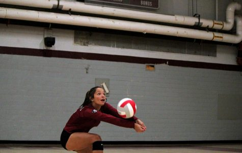 Girls Varsity Volleyball defeats the Larkin Royals