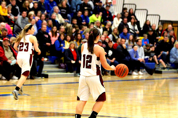 Senior point guard Ashley Reiser prepares for a push down court in the 2017 super sectional game.