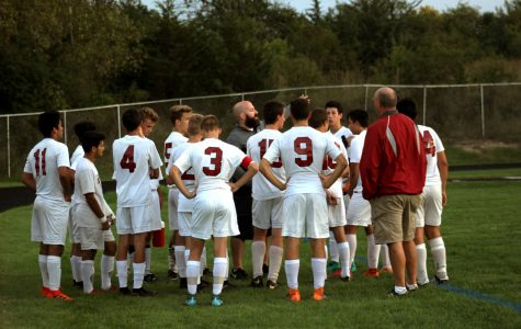 Sequoits Fall To Round Lake