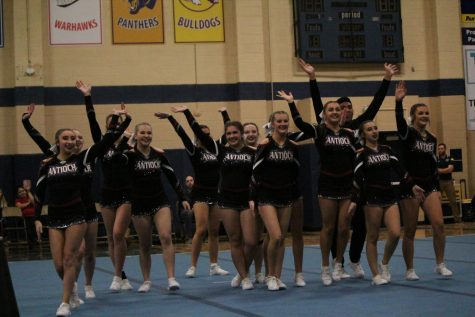 Cheerleading Looks to Take the Podium