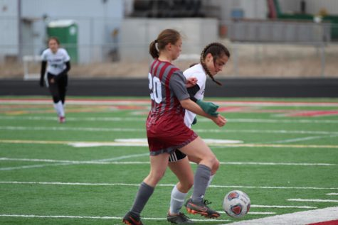 Tryouts: Girls Soccer Kicks into the Season