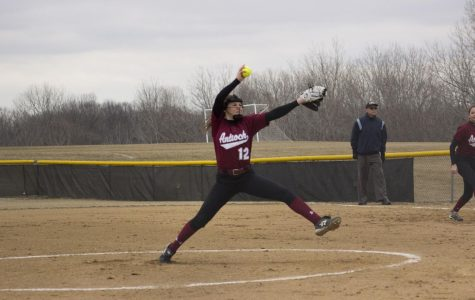 Sequoits Knock Off the Rams
