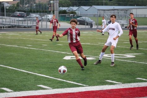 Sequoits Bounce Back at Hampshire
