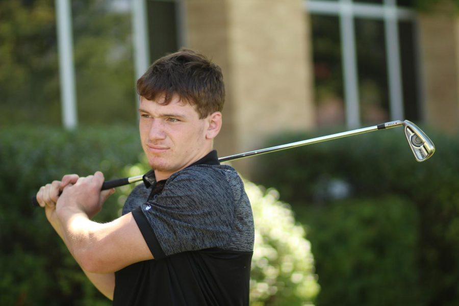 Schoenfelder Reflects on Four-Year Golf Experience