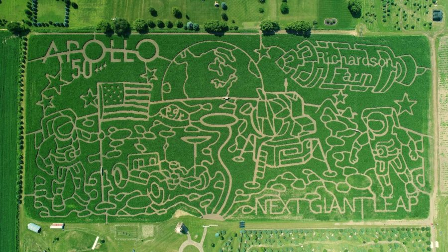 Bird's eye view of the 2019 Apollo 50 corn maze.