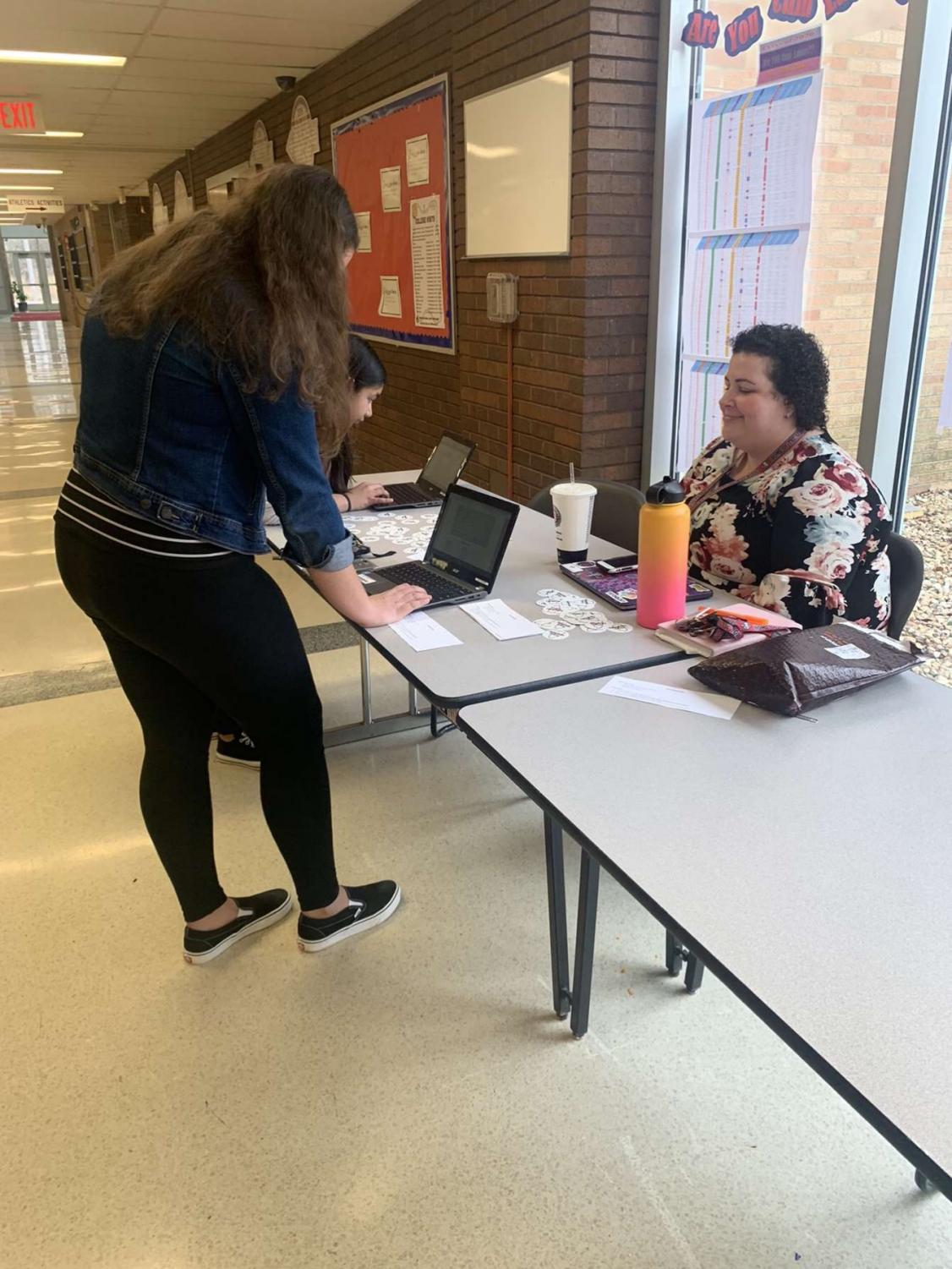 Junior Emily Lewis registered to vote in the Antioch Communities High School Commons.