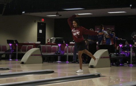 Sequoit Girls Bowling Takes Down Rival Eagles