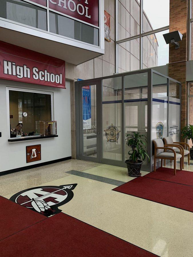 New+doors+are+emplaced+at+the+ACHS+main+entrance.+The+doors+are+placed+in+order+to+ensure+the+safety+of+ACHS+students.