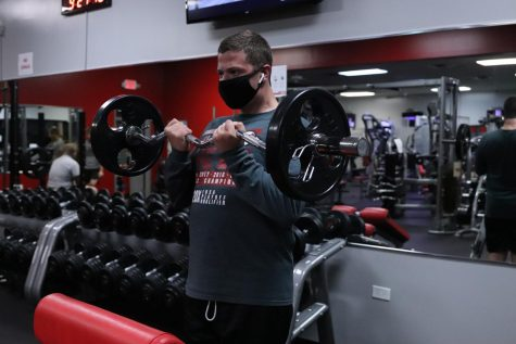Jacob Moisa plans to stay safe while weight lifting at the gym by wearing a mask and cleaning off used equipment.