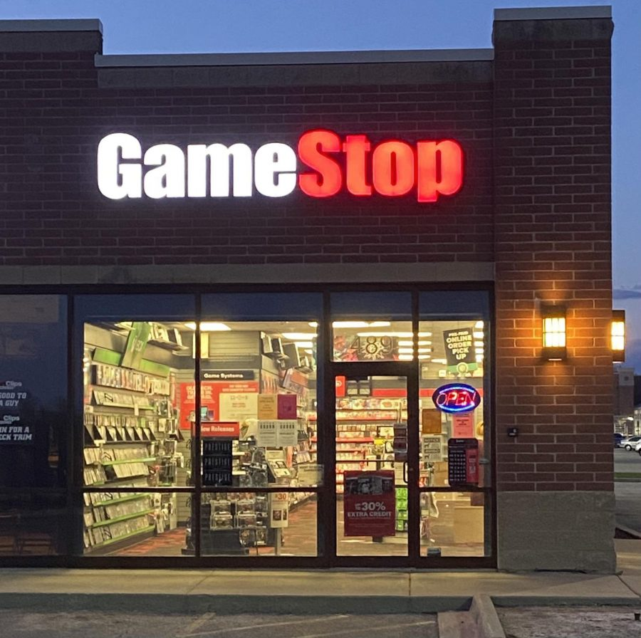 GameStop+is+at+the+center+of+a+stock+market+frenzy%2C+with+physical+stores+seeing+uptics+in+visitors.